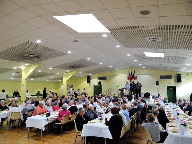 Luray - Banquet des anciens 11 novembre 2017 - Salle municipale