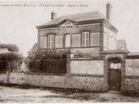 Luray - Ancienne mairie et école.